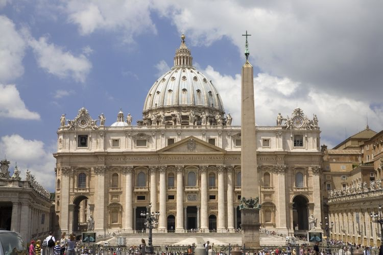 Into the Church of Rome? An Evangelical Goes Home?